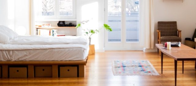 How to Keep a Mattress Topper From Sliding