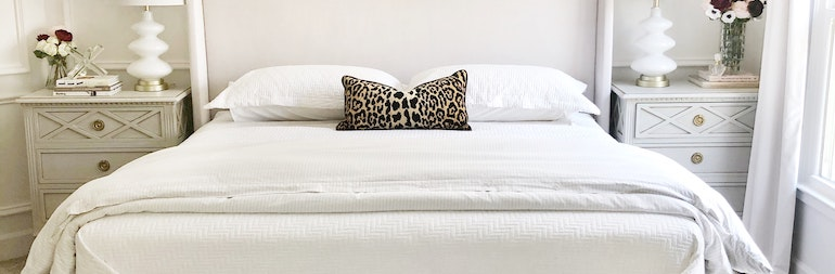 Best Mattress Topper for Back Pain: Reviews and Buyer's Guide