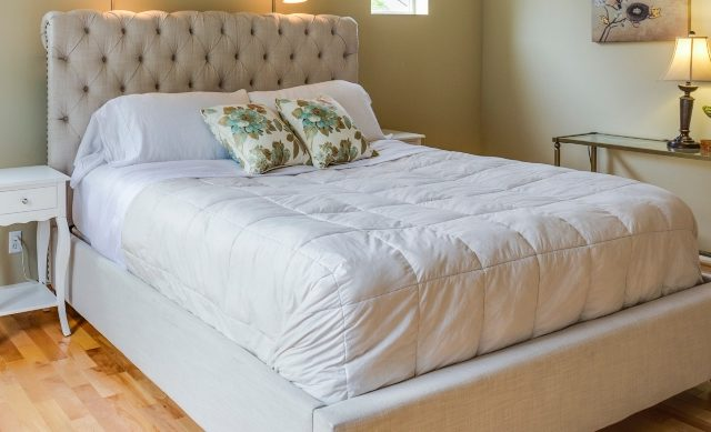 How-To-Move-A-Mattress